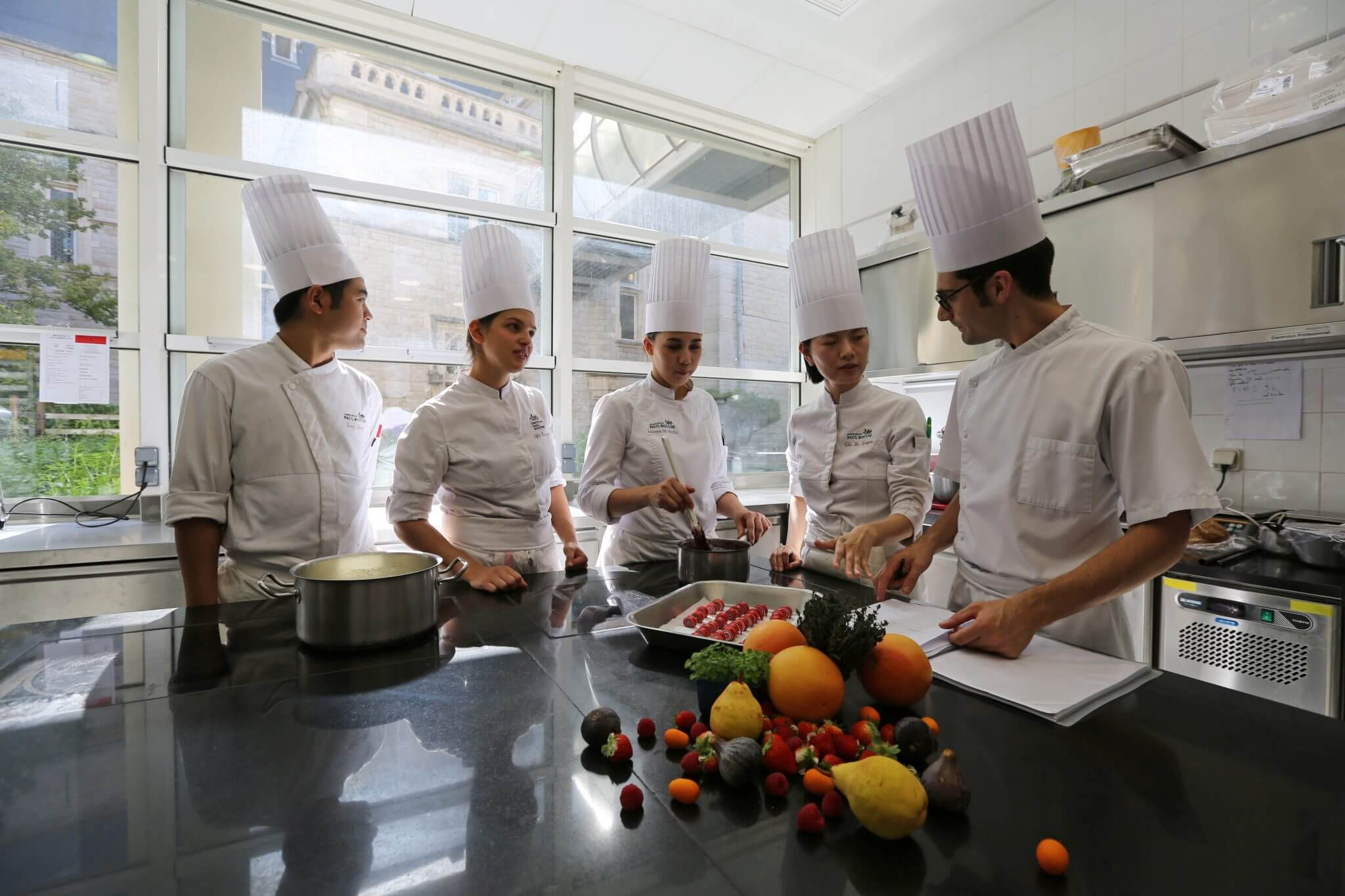 Bachelor in International Pastry Management