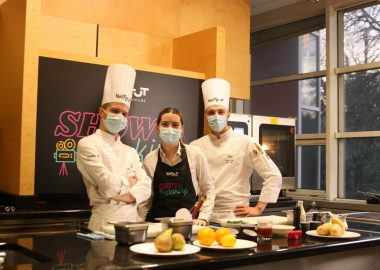 """Show Cooking"", a culinary programme presented by students, for students"